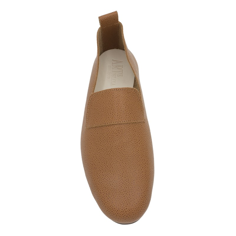 moccasin King hammered calf leather