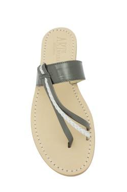 Sandali Italia color nero con treccia argentata