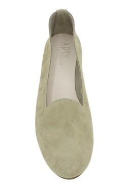 Pantofolina per bambina scamosciata color beige