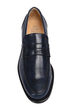 Classic blue college shoes mocassin model with strip