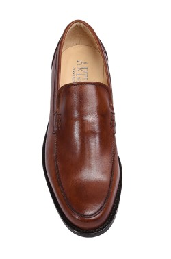 Classic leather brown college shoes mocassin model without strip